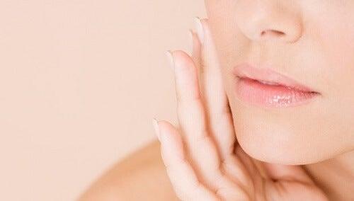 Benefícios da salvia para a saúde e a pele