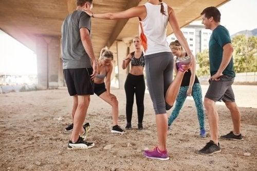 Praticar esporte acompanhado ou sozinho?