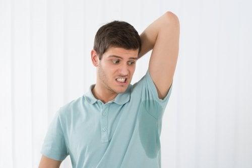 Como evitar a transpiração excessiva: conselhos infalíveis