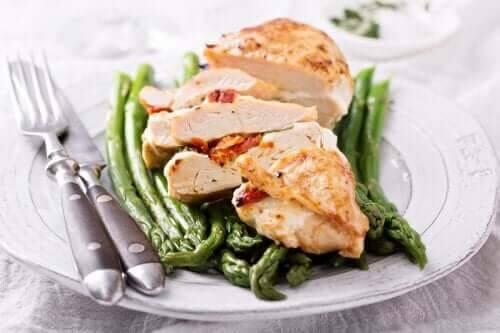 5 pratos da dieta mediterrânea que ajudam a perder peso