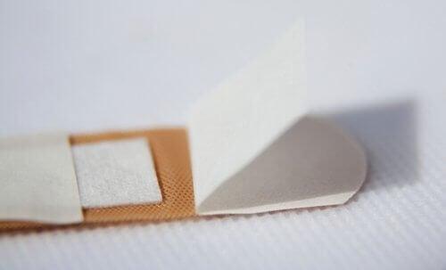 Adesivos transdérmicos: características e usos