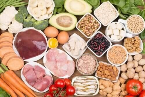 Alimentos ricos em biotina: aliados da beleza