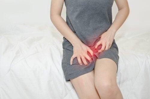 Candidíase vulvovaginal pode provocar comichão