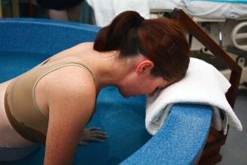 Mulher em trabalho de parto