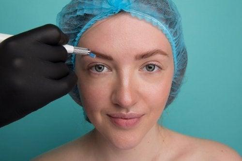 sobrancelhas após o microblading