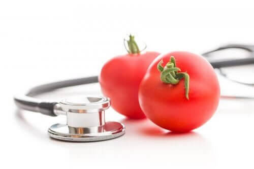 Como usar tomates para baixar a pressão alta