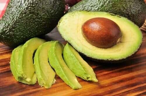 Abacate cortado