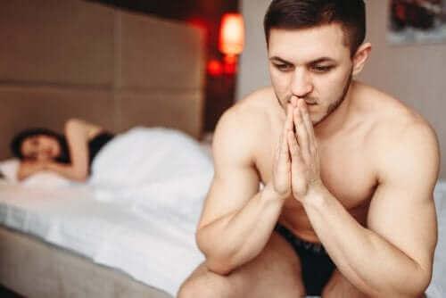O estresse associado à POIS pode causar problemas para manter relações sexuais.