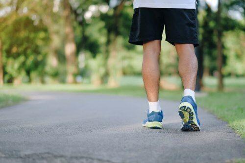 Caminhar mantém a boa saúde