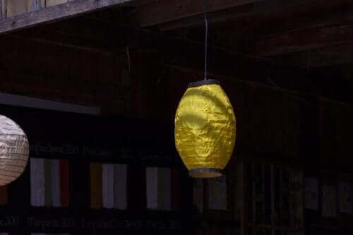Luminária de papelão como luminárias para decoração de exteriores