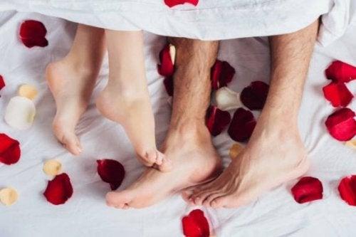 Prepare um quarto tranquilo e romântico