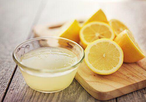 Suco de limão para tratar a candidíase