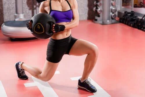 O grupo B de vitaminas contribui para a manutenção dos músculos