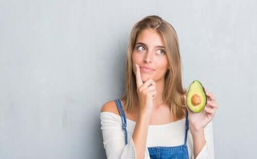 Abacate e seus benefícios para os cabelos