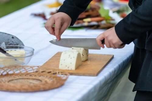 Dicas para cortar queijos