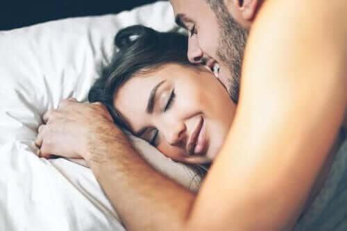 Benefícios do sexo matinal