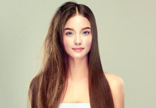 6 segredos para ter cabelos saudáveis e sedosos