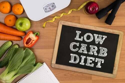 Dietas low carb, rendimento intelectual e emoções
