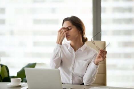 Sintomas associados ao uso excessivo de telas