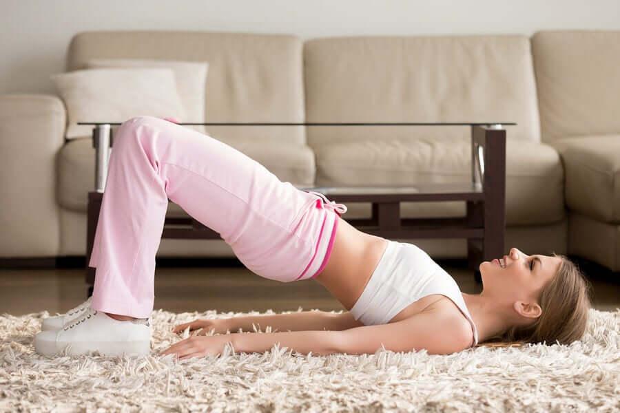 5 exercícios para fazer em casa durante a quarentena