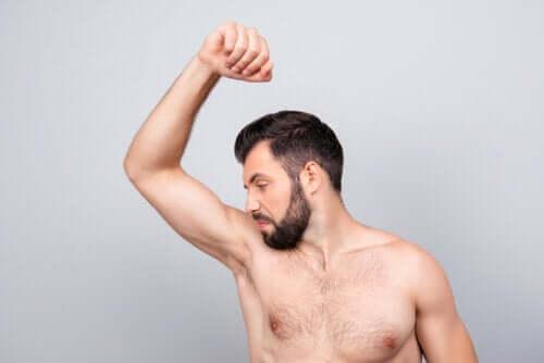 O que acontece com o seu corpo se você não tomar banho?