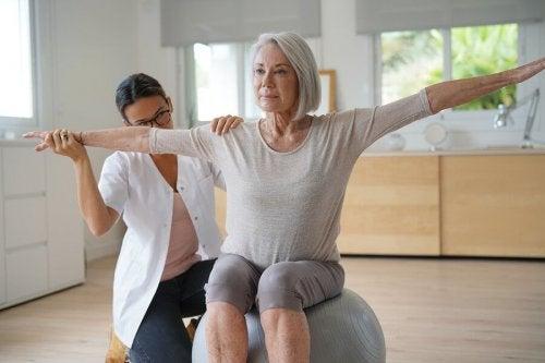 É comum engordar durante a menopausa?