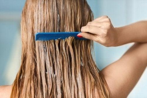Segredos para ter cabelos saudáveis e sedosos