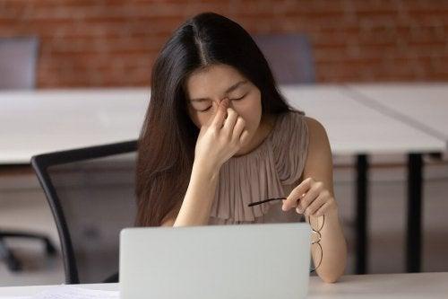 Como as telas afetam a saúde ocular?