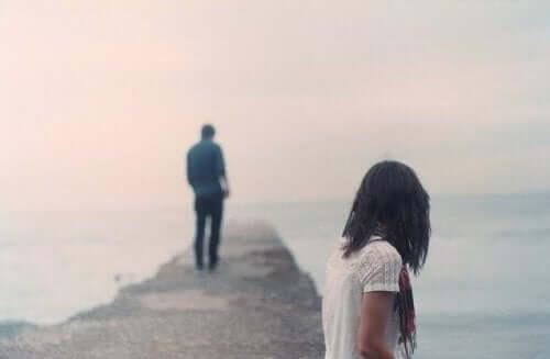 8 passos para salvar um relacionamento que está desmoronando