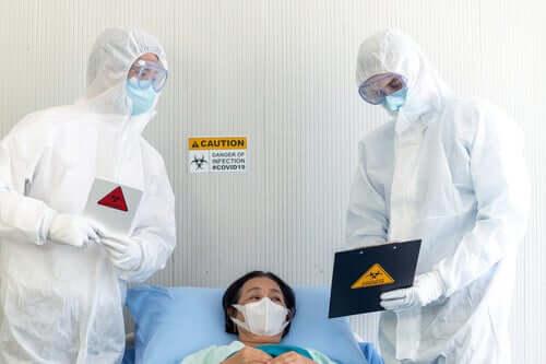 Por que casos como o do coronavírus precisam de quarentena?