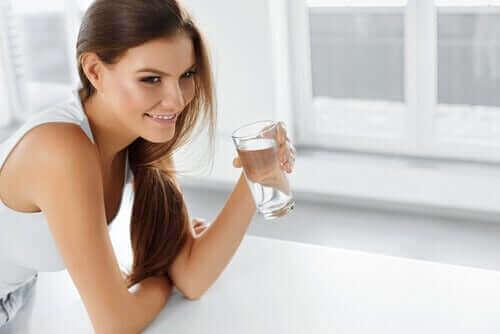 Beber água diariamente