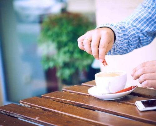 6 adoçantes para limitar o consumo de açúcar