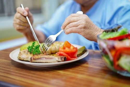 O que a dieta para pacientes com câncer de mama deve incluir?