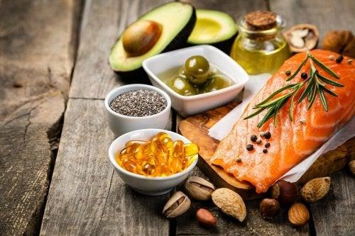É correto eliminar as fontes de gordura da dieta?