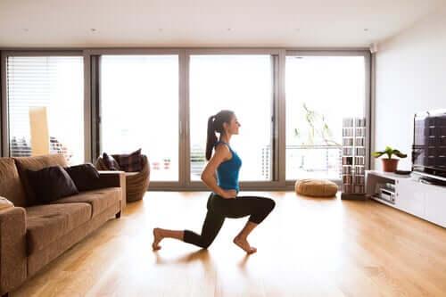 Como melhorar a circulação das pernas durante o isolamento?