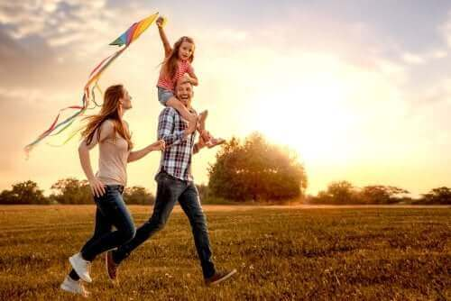 Família feliz no campo