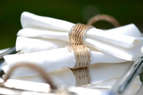6 ideias para fazer seus próprios anéis de guardanapo