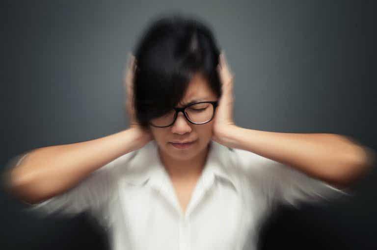 5 hábitos que podem desencadear crises de enxaqueca
