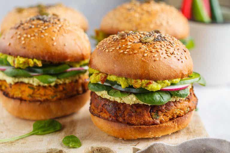2 maneiras de fazer hambúrgueres vegetarianos