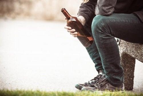 Alcoolismo: causas e consequências