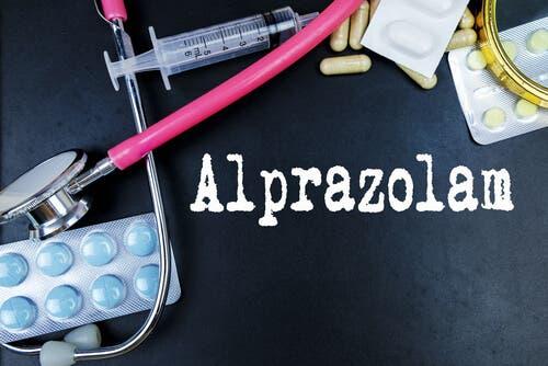 Alprazolam: usos e efeitos
