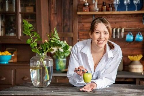 3 remédios caseiros para acalmar a azia com maçã