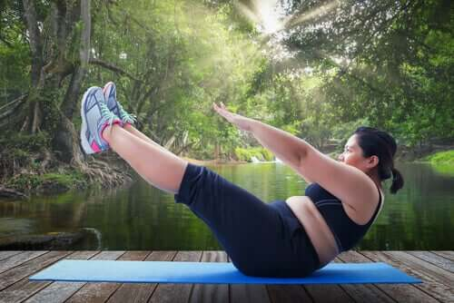 Fazer exercícios é uma das estratégias para combater a obesidade