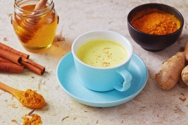 Chá de pimenta e mel para combater a tosse naturalmente