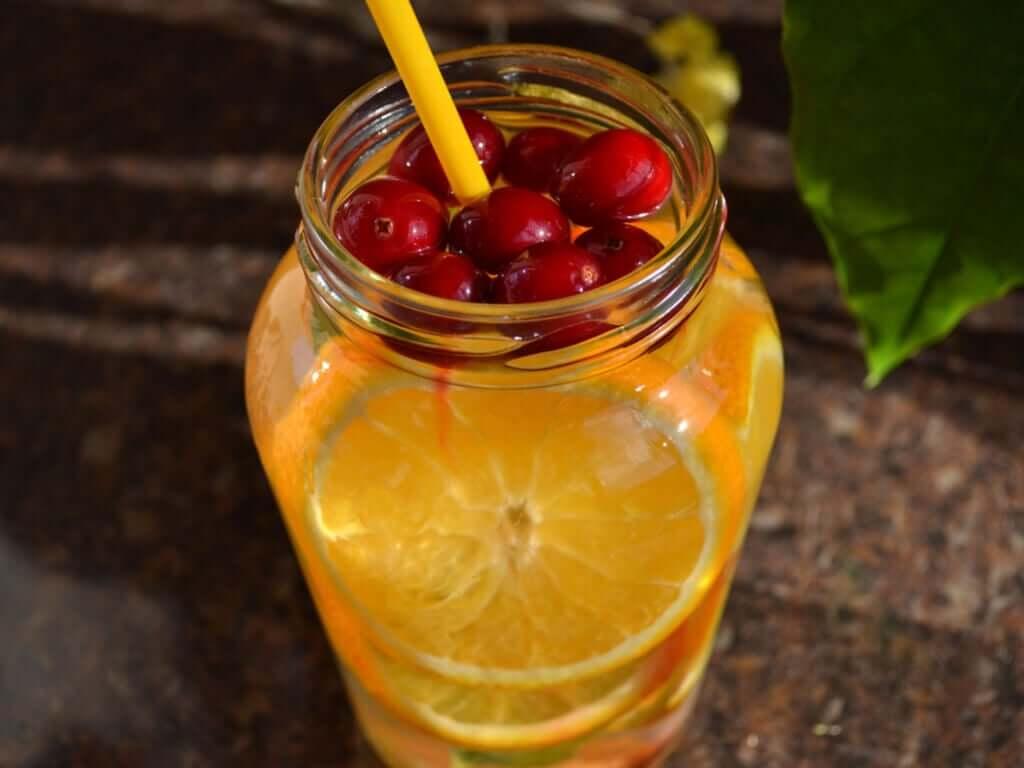 Coquetéis de frutas sem álcool