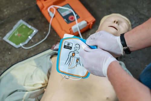 Primeiros socorros diante de uma parada cardiorrespiratória