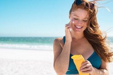 5 dicas para cuidar da pele e evitar queimaduras solares