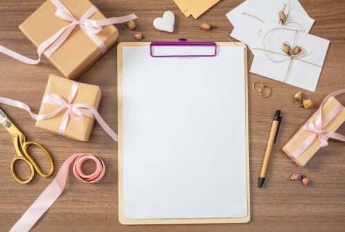 Como preparar a lista de convidados de um casamento