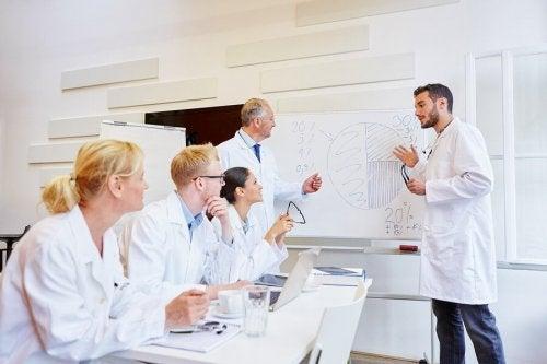 O que é um modelo epidemiológico?