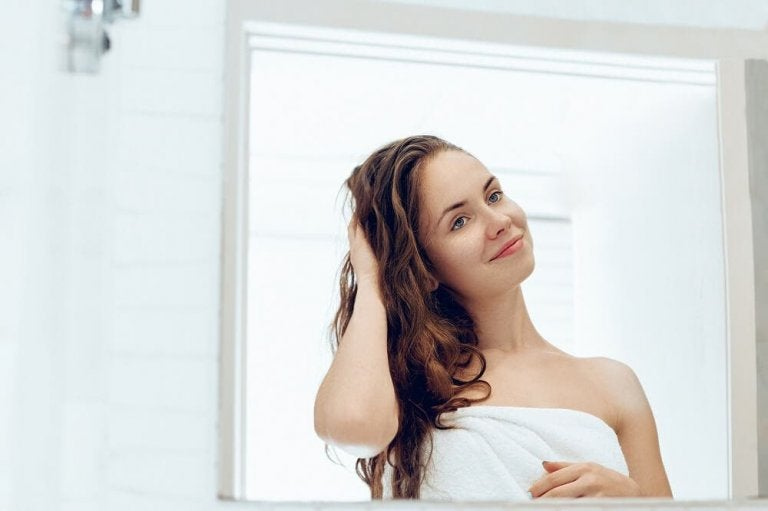 5 receitas para tratar os cabelos secos naturalmente